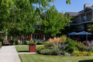 mountainview village Kelowna British Columbia Independent Living garden exterior